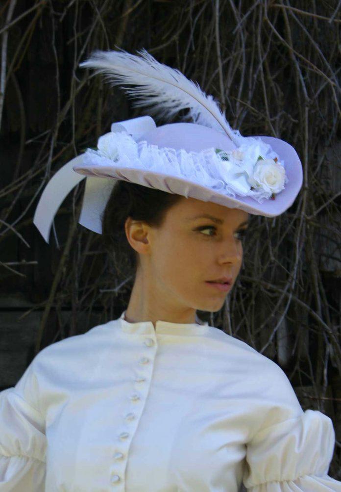 Le chapeau à plume